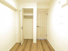 六本木ハイツ 洋室約4.7帖