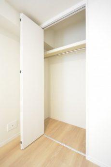 マンション小石川 洋室2