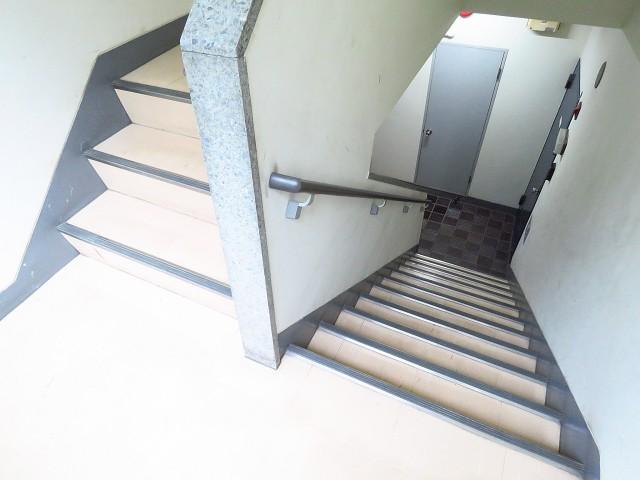 瀬田サンケイハウス 共用階段