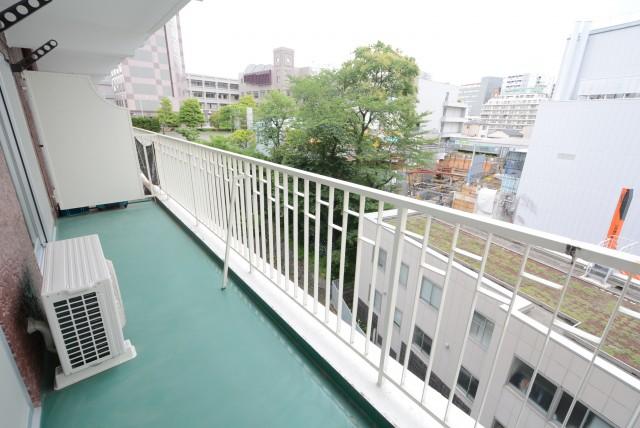 NK五反田コータース バルコニー