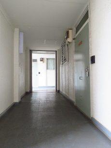 祐天寺第2コーポラス 共用廊下