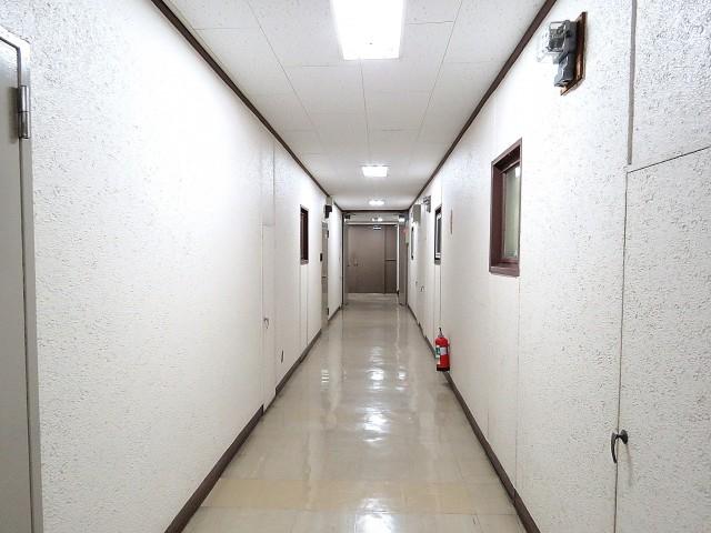 玉川コーポラス 共用廊下