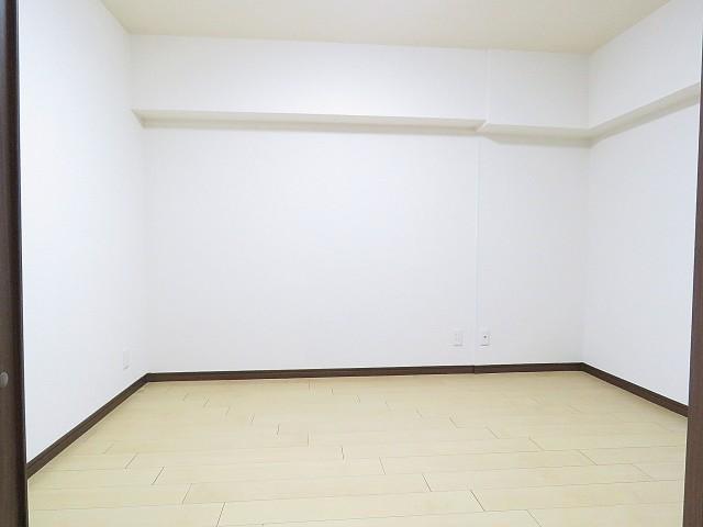 烏山南住宅 サービスルーム約5.2帖