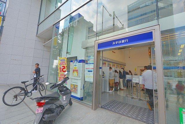 外苑前 銀行ATMいっぱい