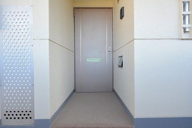 グリーンヒル新宿 (3)玄関