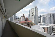 グリーンヒル新宿 外廊下
