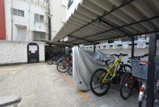 秀和代官山レジデンス (2)自転車置き場