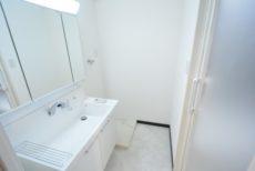 クレール島津山 洗面室