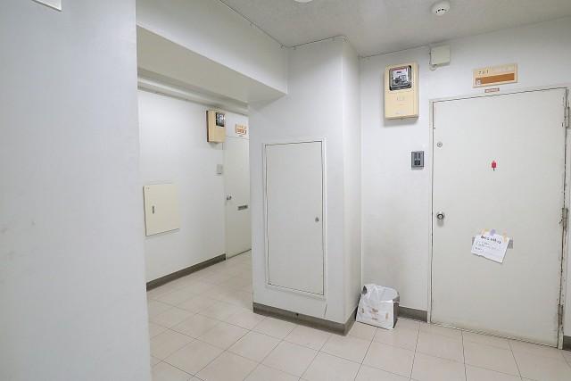 五反田サニーフラット 内廊下