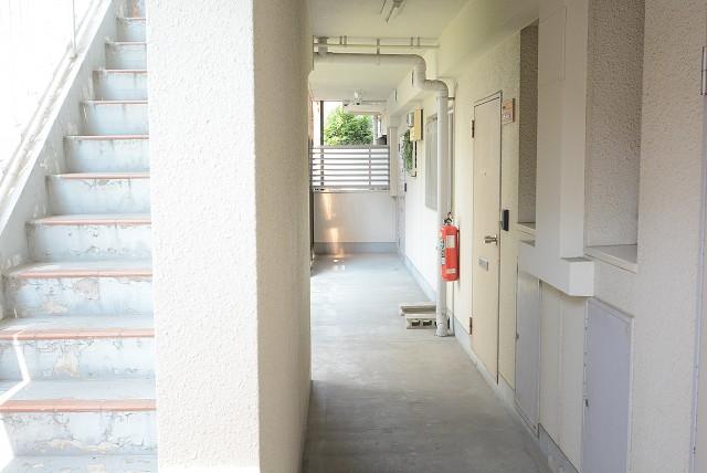 ライオンズマンション桜新町 玄関