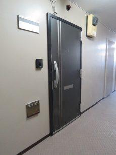 藤和用賀コープ 玄関扉