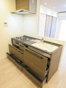 日商岩井第2玉川台マンション キッチン