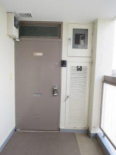 深沢コーポラス 玄関扉