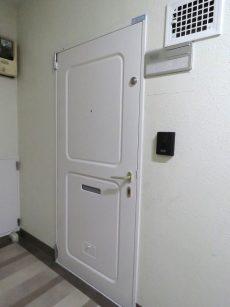 御苑フラワーマンション 玄関扉