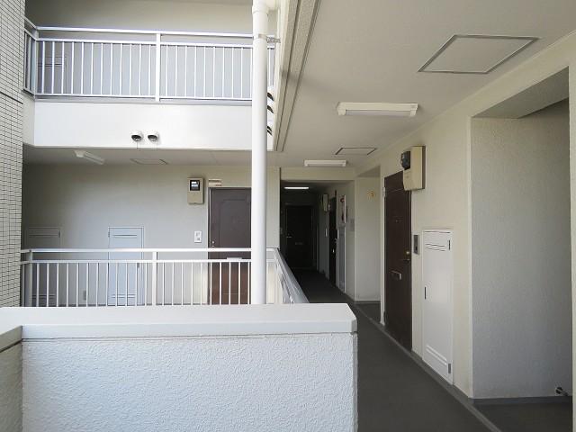 朝日プラザ北新宿 共用廊下