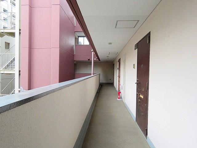 グランドメゾン新宿東 共用廊下