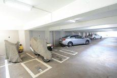 神楽坂ハウス 駐車場
