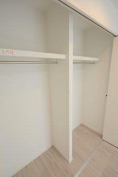 御苑フラワーマンション 洋室1