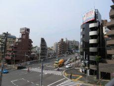 松見坂武蔵野マンション 共用廊下眺望