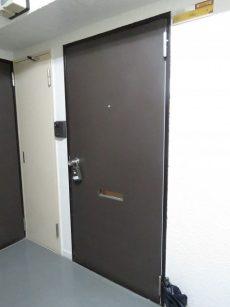 ライオンズマンション三軒茶屋第3 玄関扉