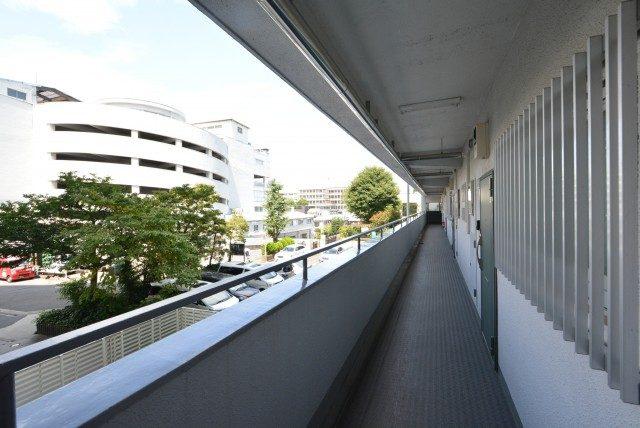 戸山ハイツ 外廊下