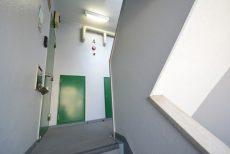 四谷軒第5経堂シティコーポ 階段