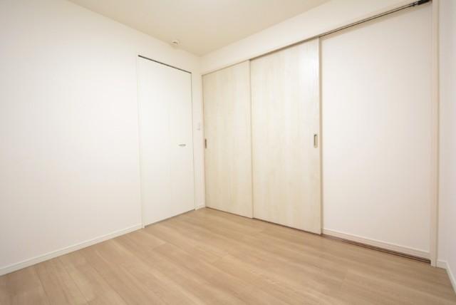 シャンボール小石川 洋室1