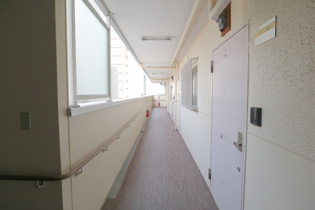 上馬ハイホーム 内廊下
