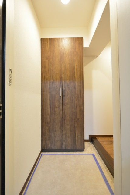 松濤ハウス 玄関