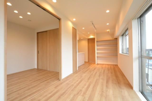 中野ハイネスコーポ LDK+洋室2