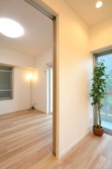 中野ハイネスコーポ 洋室2