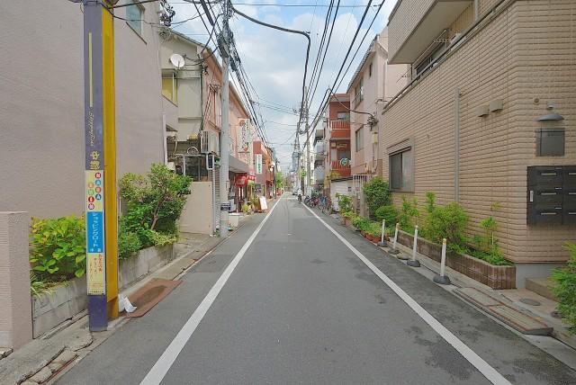 白鳳マンション中野新橋 前面道路
