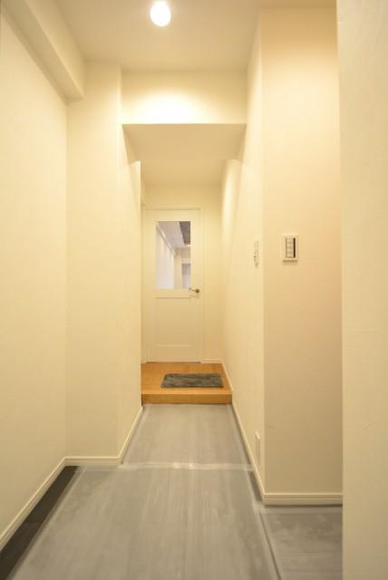 NK五反田コータース 玄関