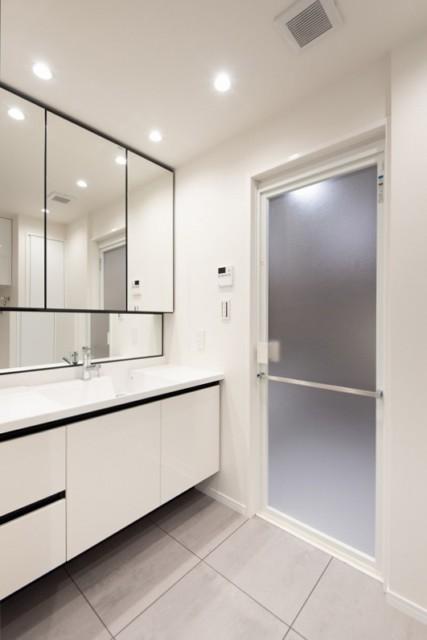 ラグナタワー 洗面室