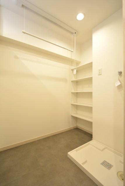 日生野沢マンション 洗濯室