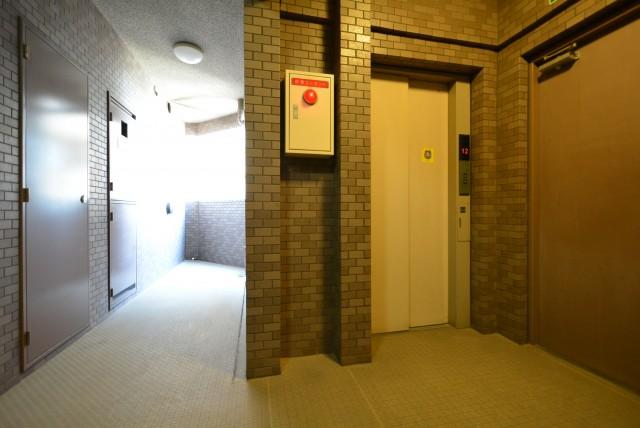 日神パレステージ三軒茶屋Ⅱ 玄関