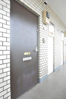 藤和三軒茶屋コープ 玄関