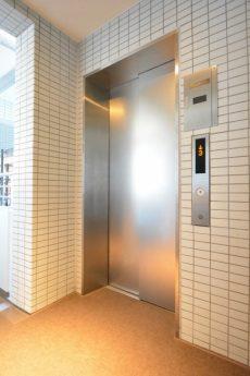 藤和学芸大学ホームズⅡ エレベーター