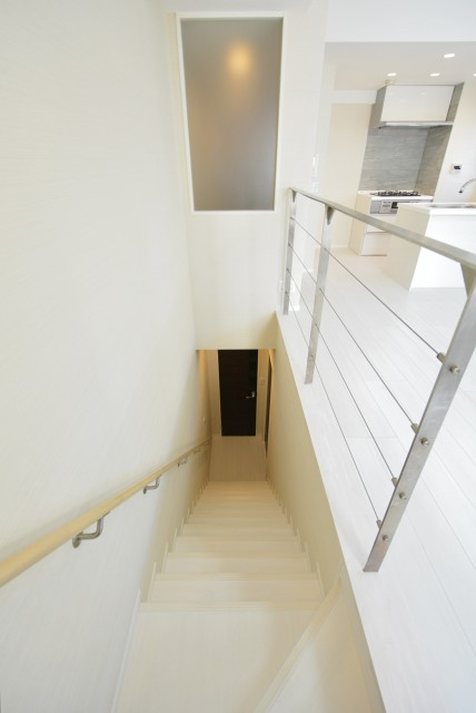 フィールT幡ヶ谷 階段