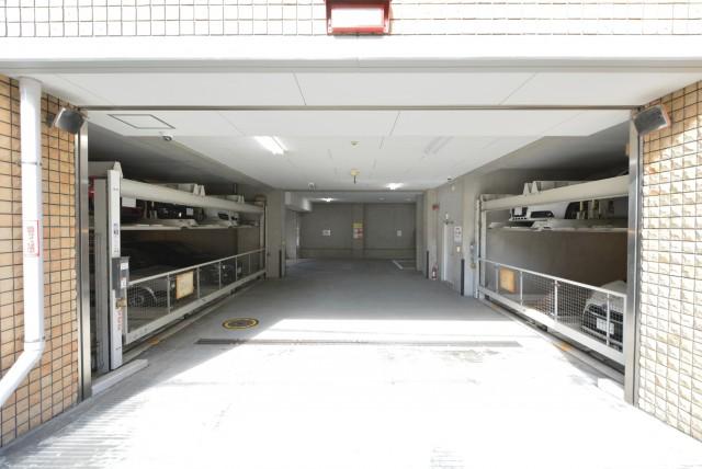 フィールT幡ヶ谷 駐車場