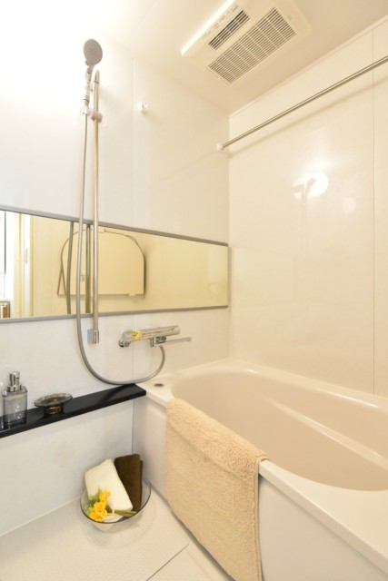 ブロードウェイ 浴室