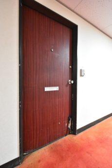 ブロードウェイ 玄関