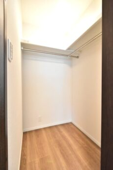 アルテール新宿 洋室1