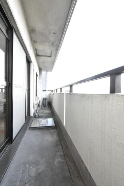 メゾンエクレーレ浜町公園 10階バルコニー