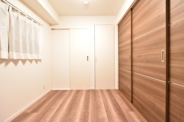 クレべール西新宿 洋室2