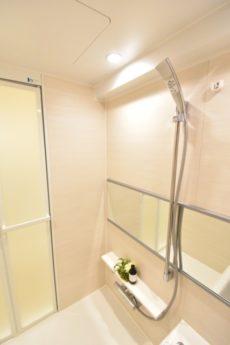グランドシティ白山 浴室
