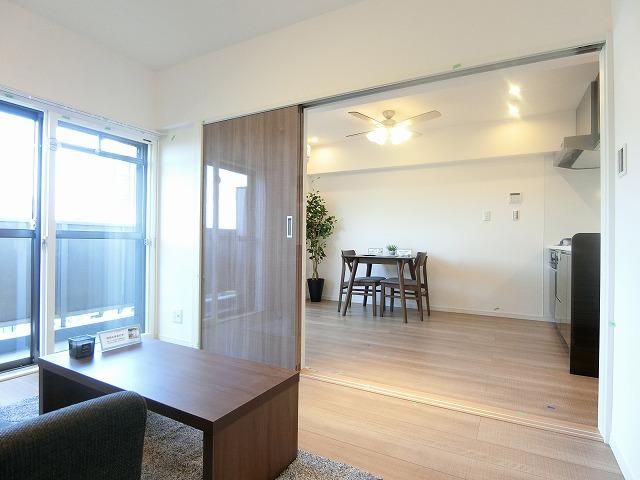 南青山サマリヤマンション6洋室2