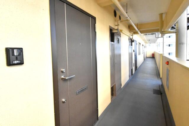 東建柏木マンション 玄関