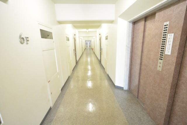 ノア新宿 玄関