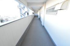 中央マンション 玄関
